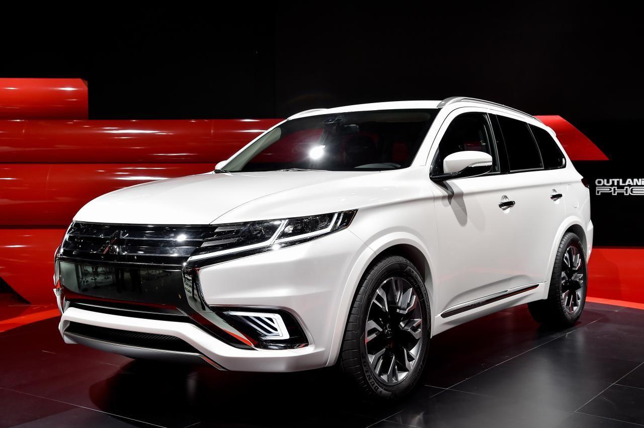 2014 Mitsubishi Outlander PHEV ConceptS MITSUBISHI