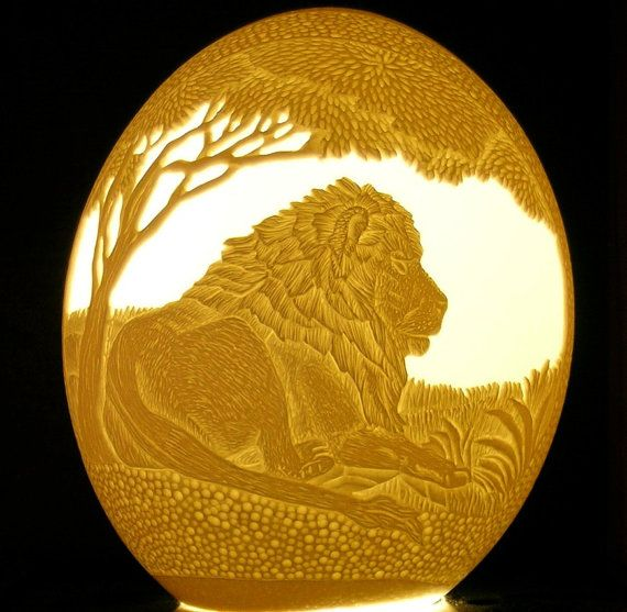 Carved and sculpted ostrich egg shell lion king by 1eggman - Poids oeuf autruche ...