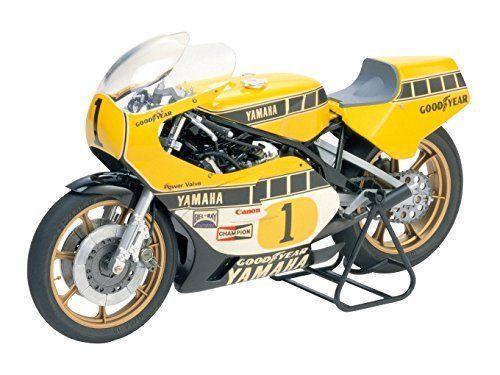 Tamiya 1 12 Yamaha Yzr500 1980 Grand Prix Racer W Cartograf Model Kit 14001 Tamiya Tamiya Models Tamiya Model Kits Tamiya