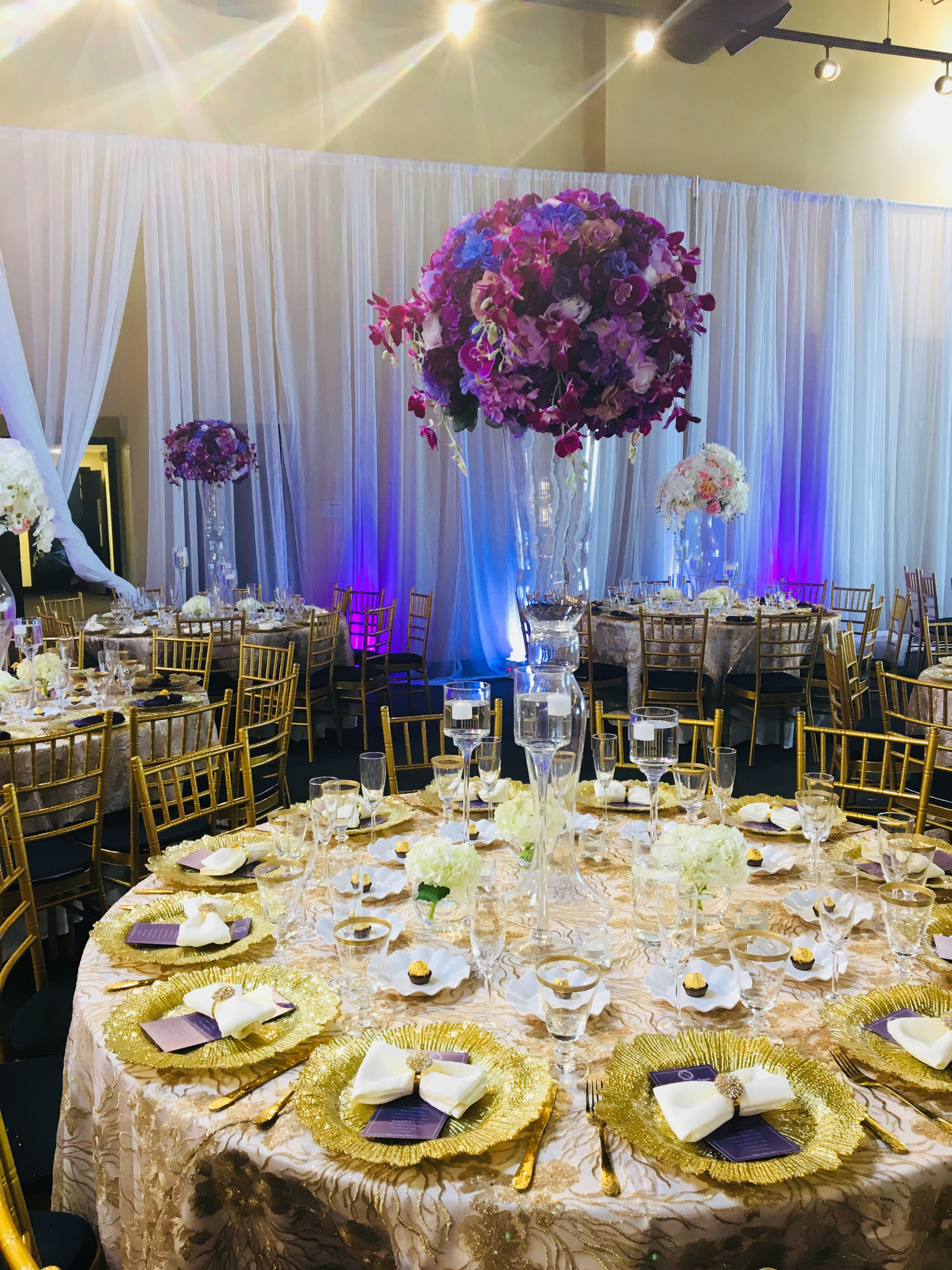 Beautiful table setting for a Nigerian white