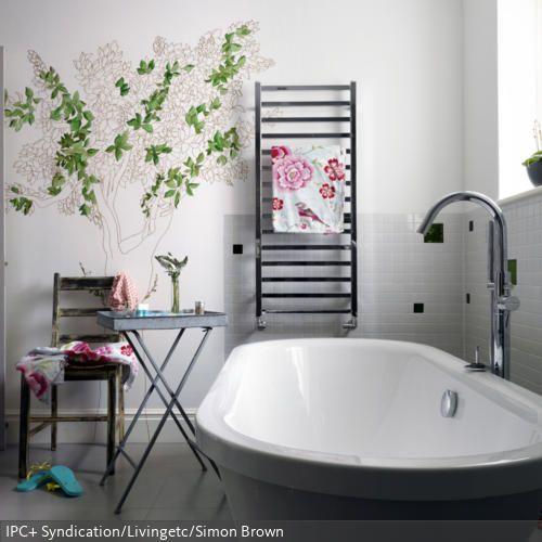 DIY: Wandbild mit Baummotiv | Badezimmer | Badezimmer, Wände und Baum