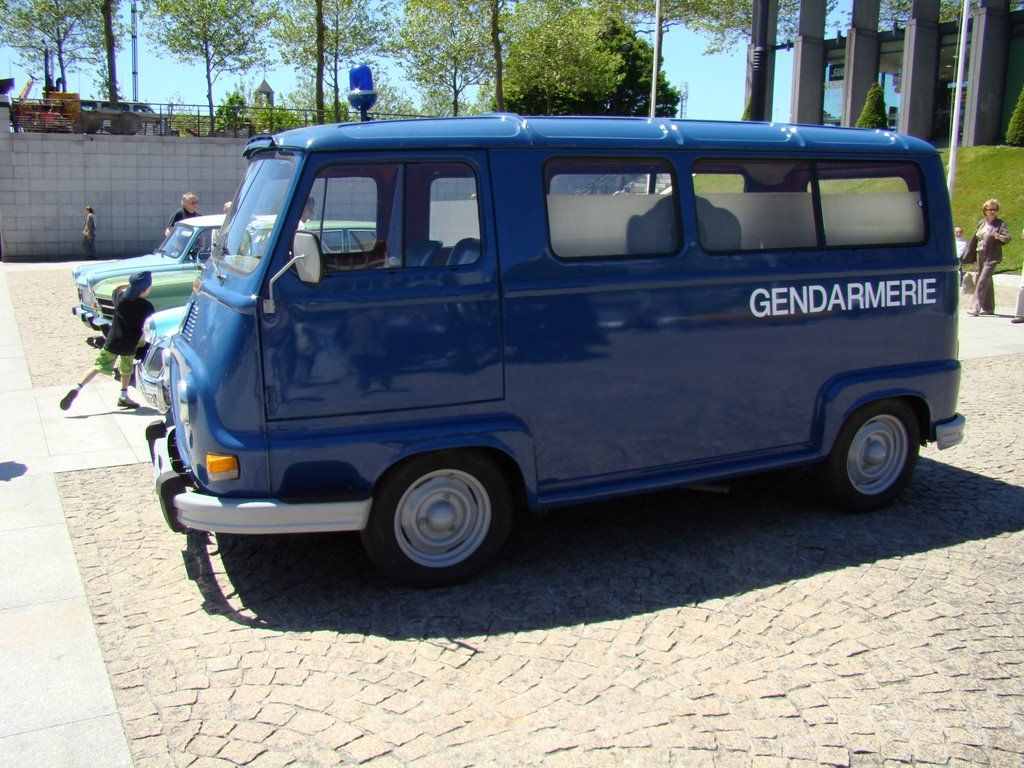 bleue g renault estafette 1970 pinteres. Black Bedroom Furniture Sets. Home Design Ideas