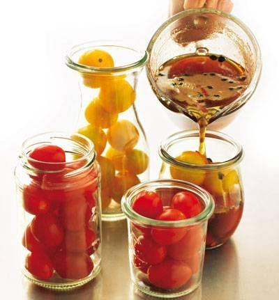 Tomaten einlegen: Fix und fertig in 30 Minuten!