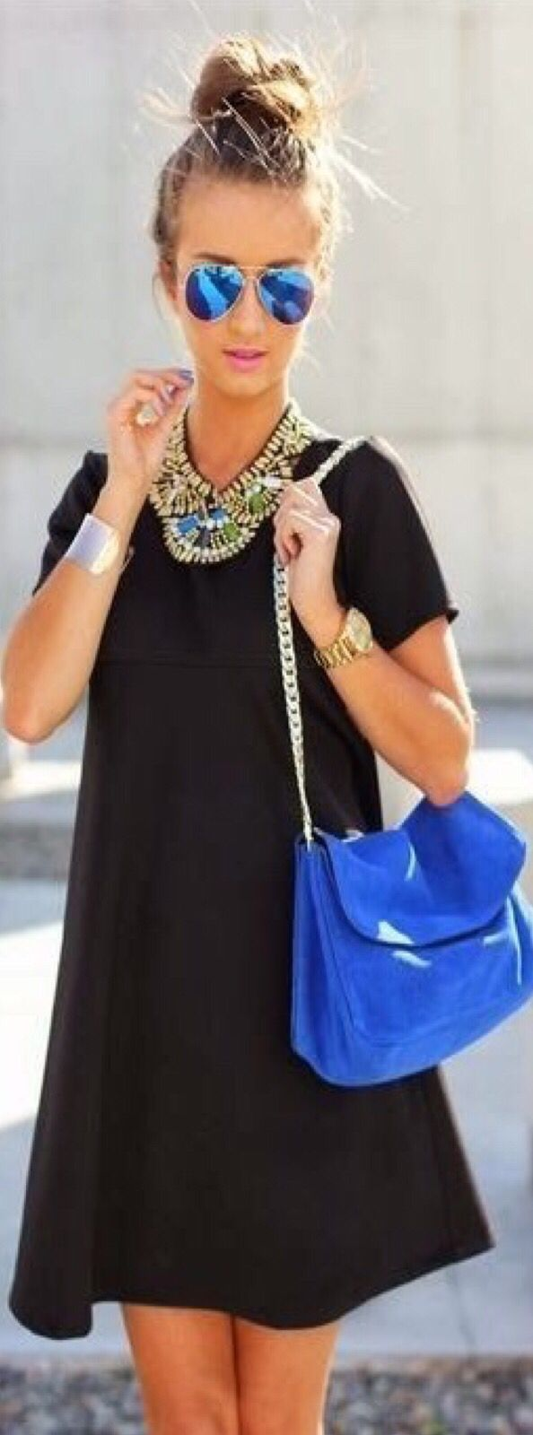 Street Chic. In Blue and black - #Luxurydotcom