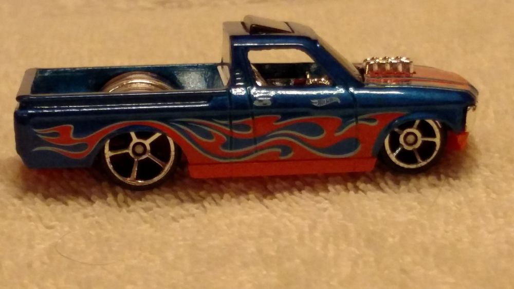 Hot Wheels Custom 72 Chevy Luv 36 365 Hw Flames Series 10 10 Blue