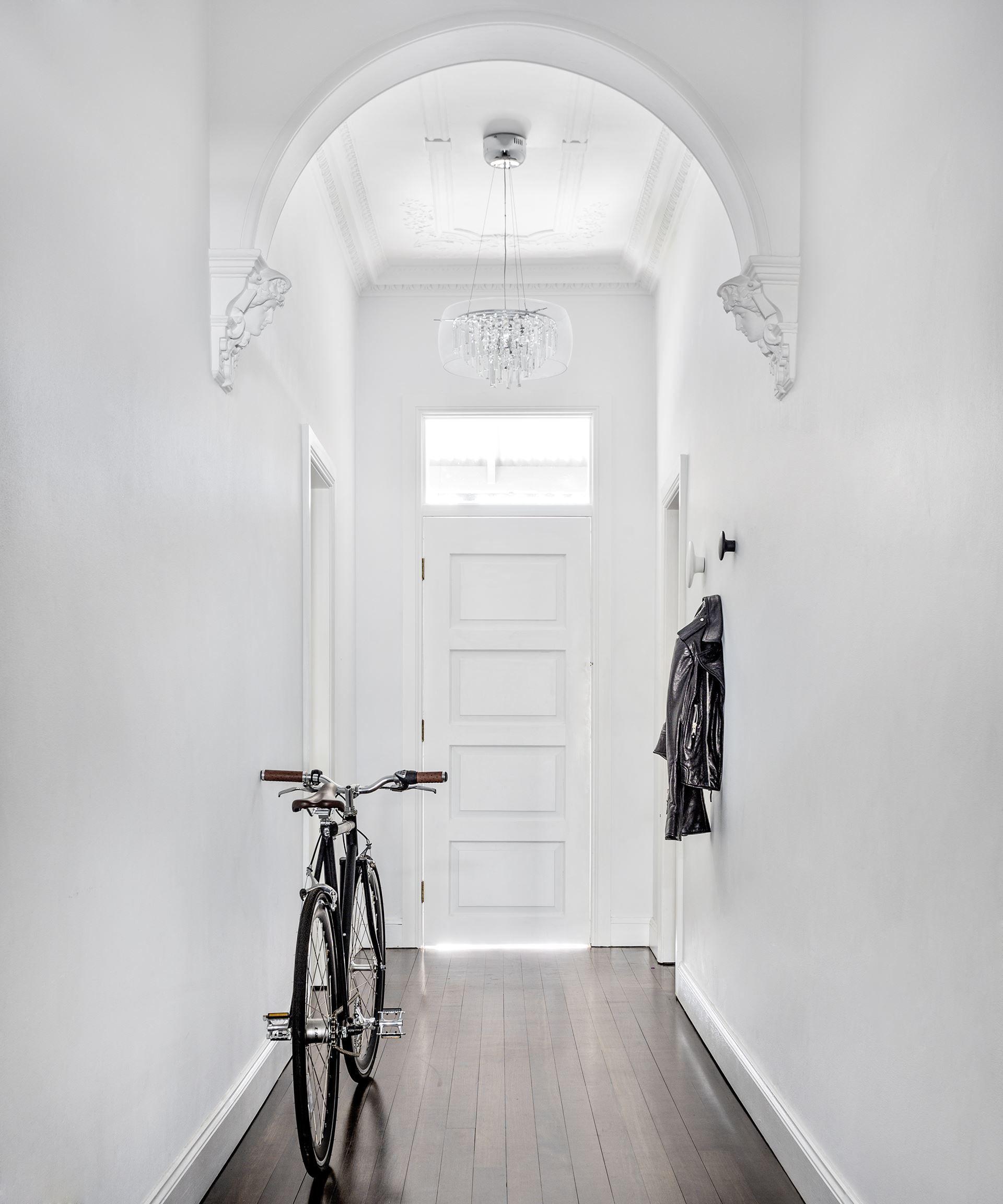 Lovely Contemporary Victorian Hallway: Gallery: Renata & Michael's Scandinavian-style Cottage