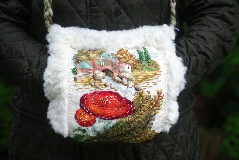 Winterwelt: kuscheliger Muff mit Gobelin Winterwel von Friedchens shop auf DaWanda.com