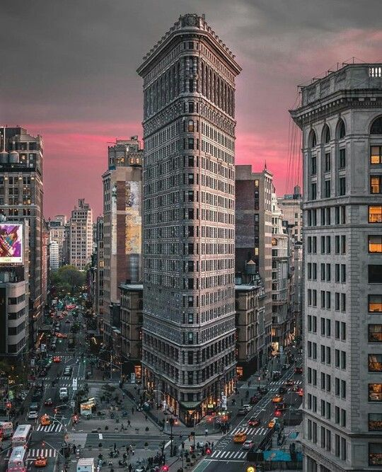 Apartment Rentals In New York City Manhattan: The Flatiron Building. New York City. In 2019