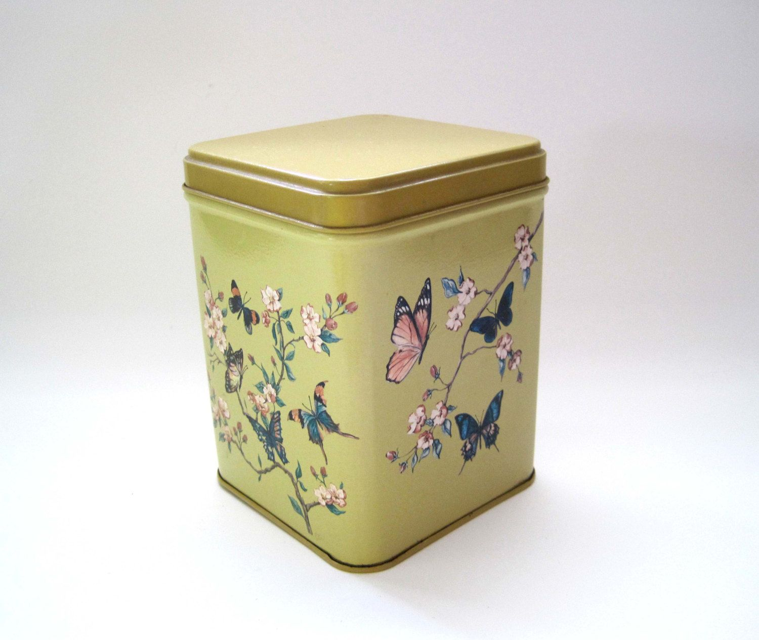 Vintage Tin, Butterfly Design, Butterflies, Tea Tin, Biscuit Tin, Yellow Tin Box, Square Container, J L  Clark Mfg. Co., Home Decor, Candy by SharetheLoveVintage on Etsy https://www.etsy.com/listing/227785538/vintage-tin-butterfly-design-butterflies