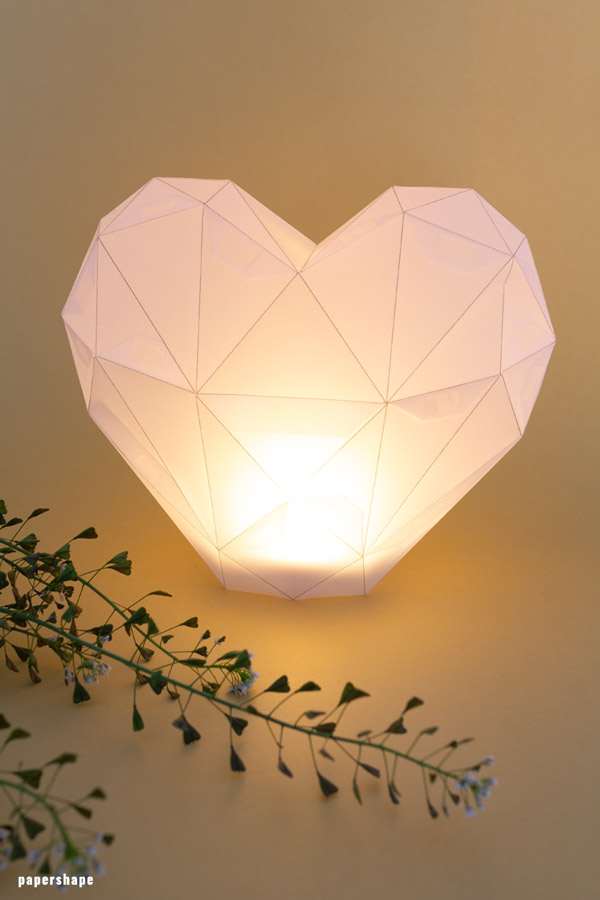 How To Make Paper Heart Lanterns In 3d With Template Flower Lamp Diy Lanterns Paper Lanterns