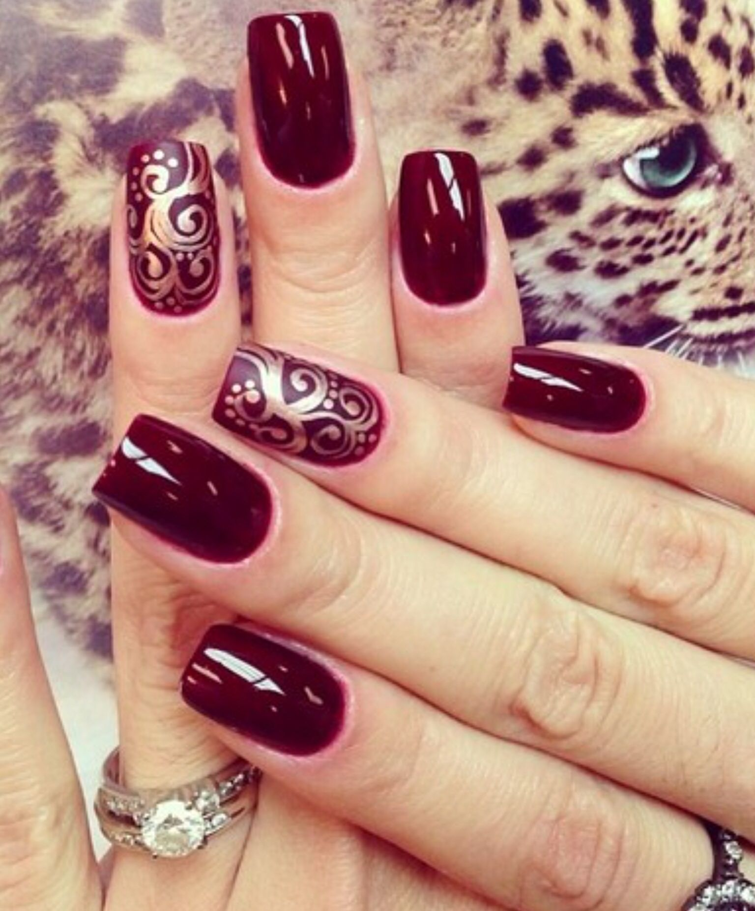 Burgundy Nail Art Design Ideas - Burgundy is definitely the color to wear  on your nail this fall. Browse through the photos below and find the  Burgundy - Bordeaux & Gold Νύχια Pinterest Gold, Manicure And Make Up