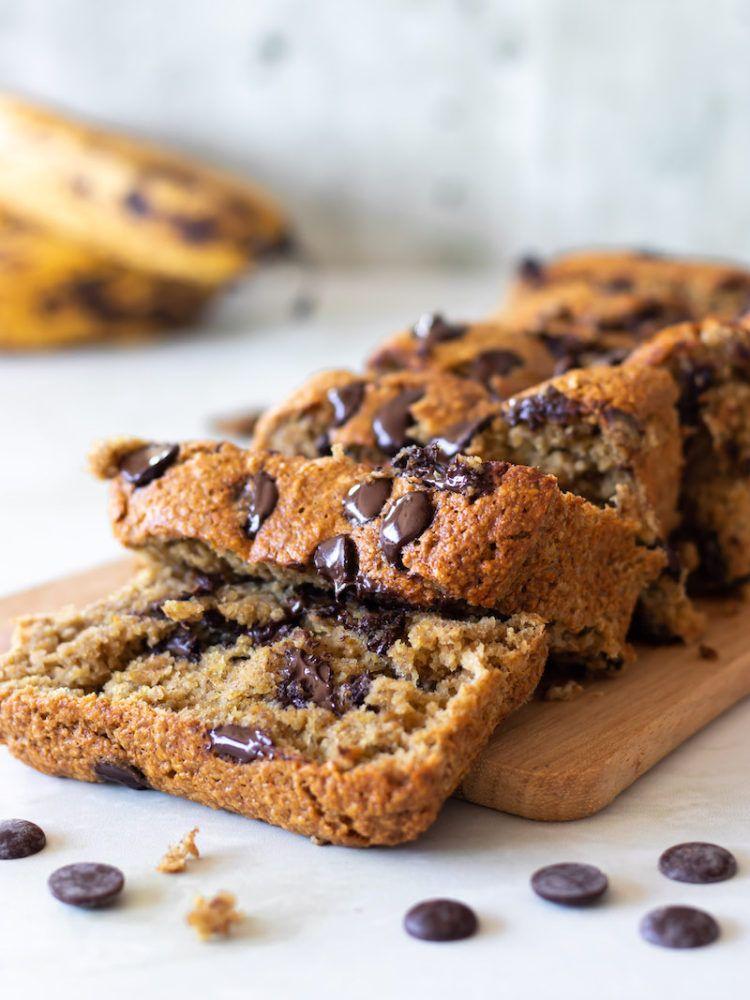 Photo of Bolo de Banana Vegano com Chocolate (Sem Glúten) | PLANTTE