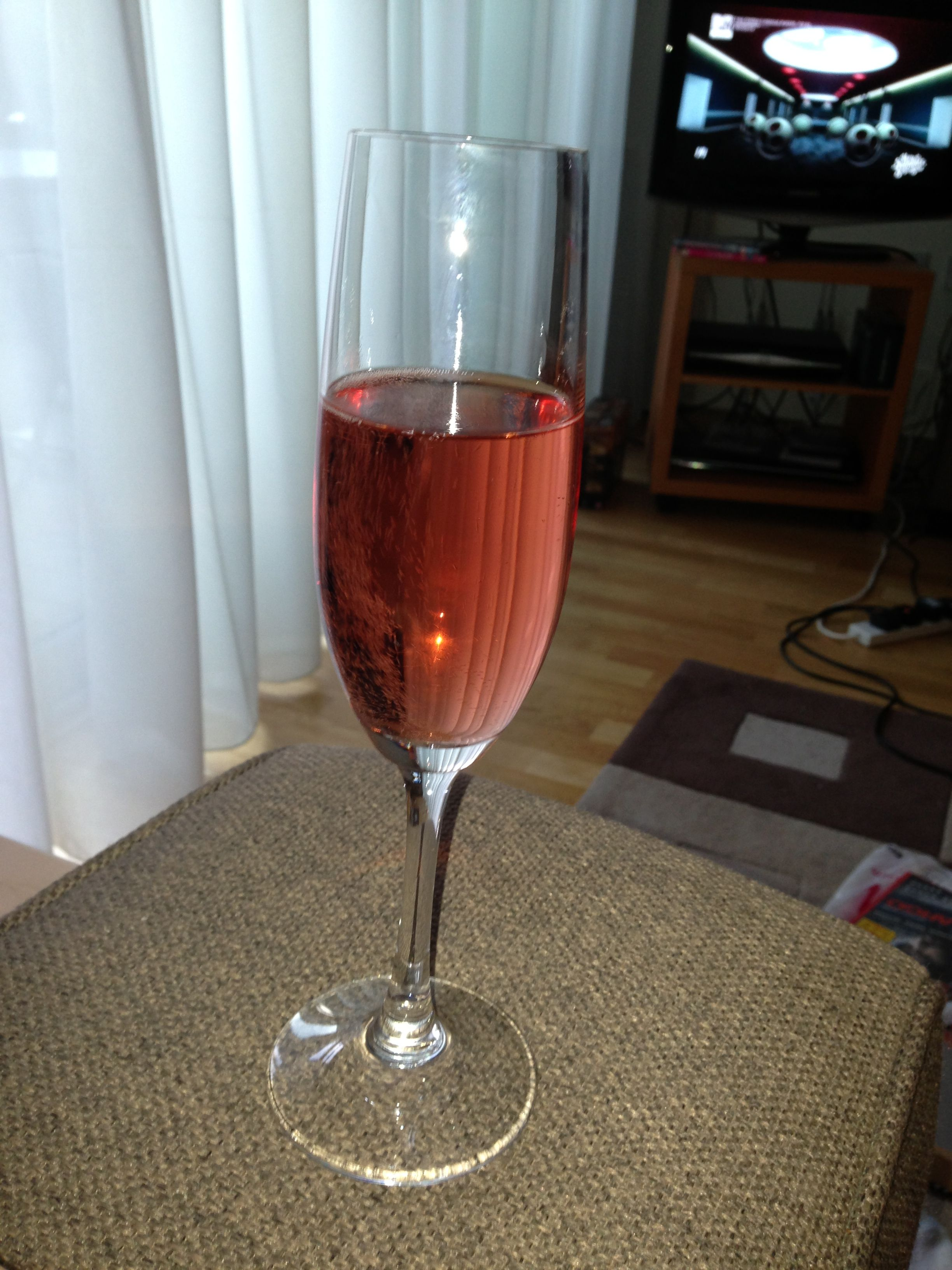 Rose Cava Much Better Than Champagne Alcoholic Drinks Champagne Drinks