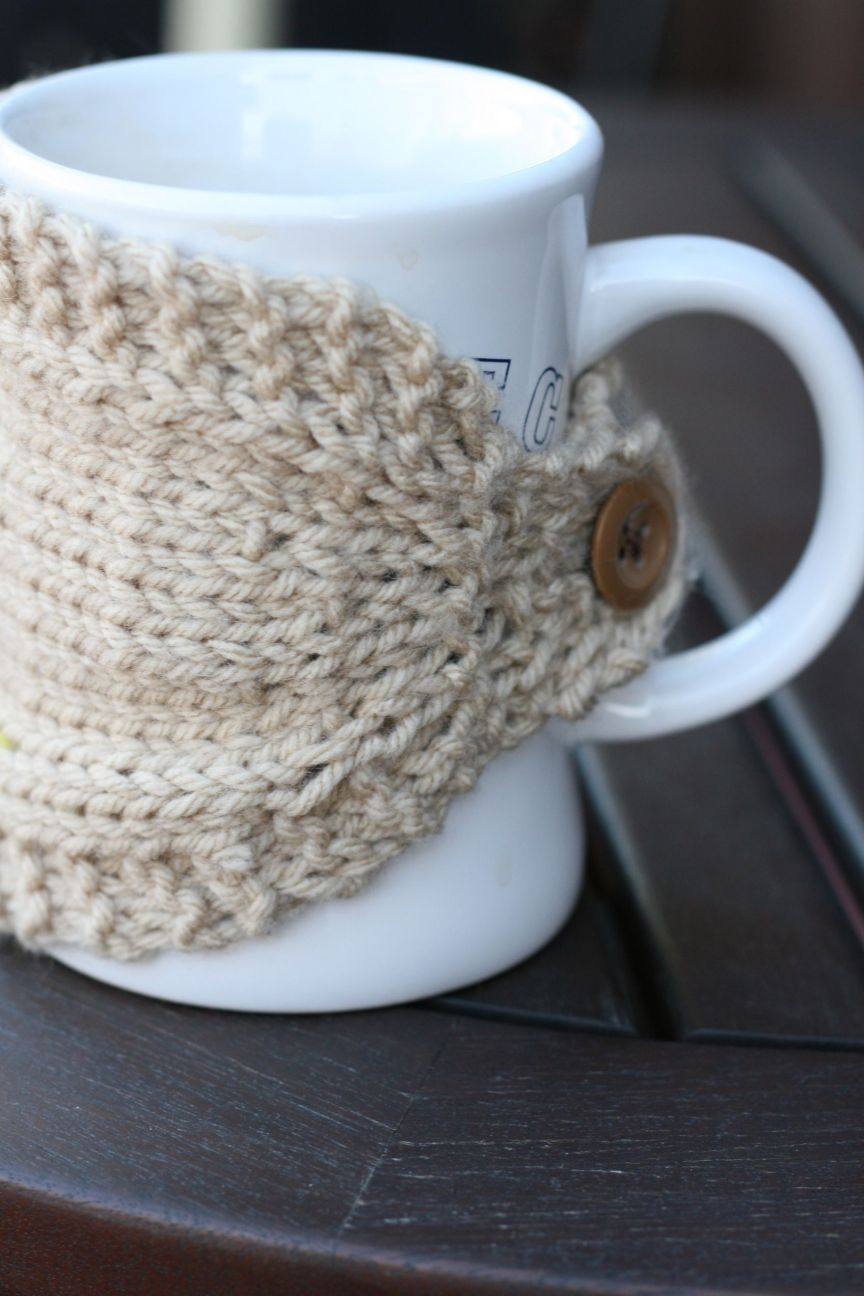 homebody buttoned mug cozy knitting pattern (plain and cabled ...