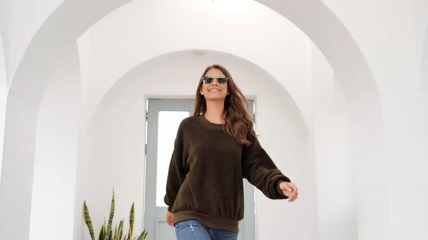 100%Polyester Feature: Pull On Closure,Long Sleeves,Round Neck Solid color, Casual Style,Ribbed Edges and Cuffs, Fluffy Surface,Crew neckline, Loose fit Pullover, Baggy & comfy  Lightweight comfortable sweatshirts for women, drop shoulder and crew neck design,which will be good choice for your carefree days. #outfitideas#womenscasualwear#1800sfashionwomen#yeezywomenclothing#fashioncroquis#tankinisplussize#nonbinaryfashion#1992fashion#womenswallabeesoutfit#casualclotheswomens#italianwomenfashion