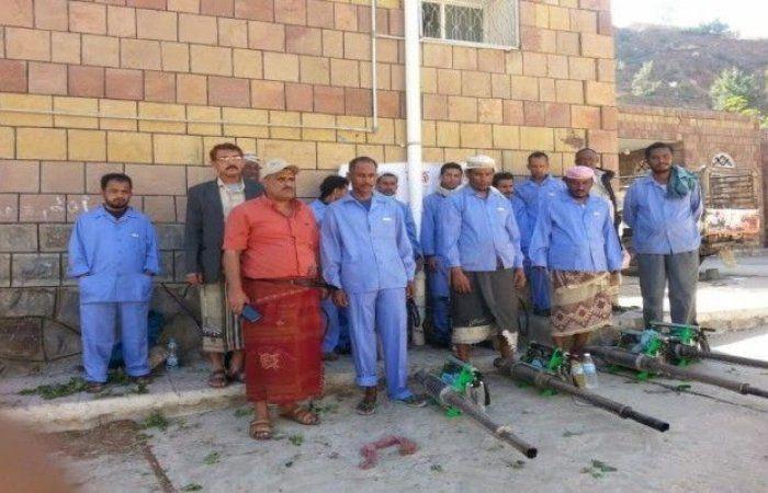 اخبار اليمن : حملة رش ضبابي ضد مرض الذبابة الرملية في المقاطرة بلحج