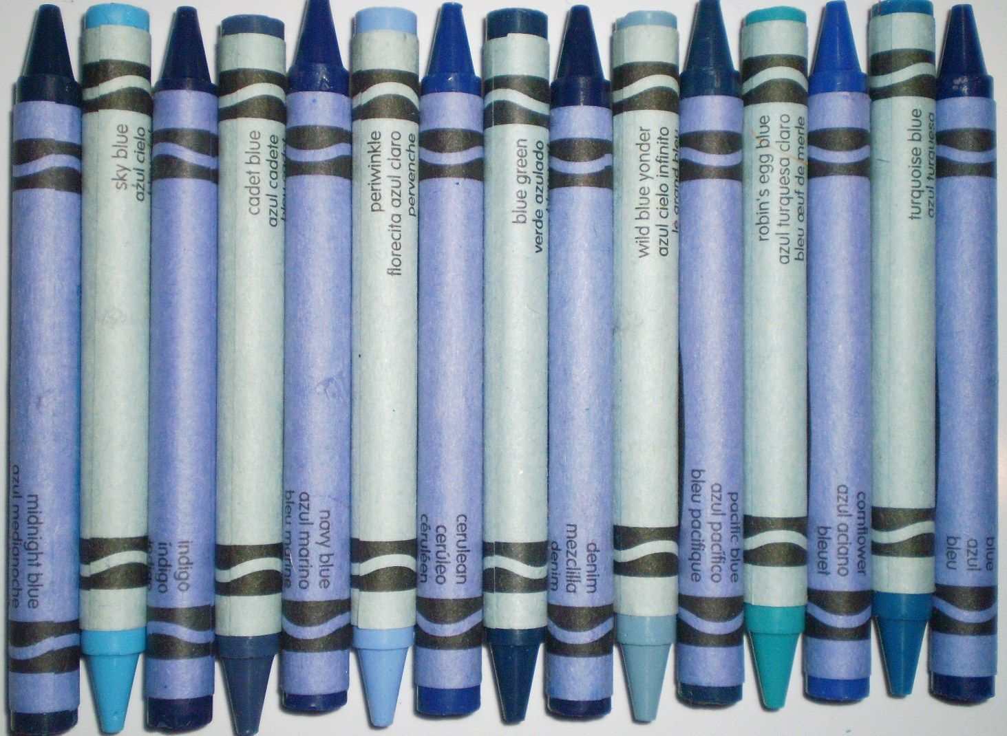 Crayola\'s Best Blue Colored Crayons - Midnight Blue, Sky Blue ...