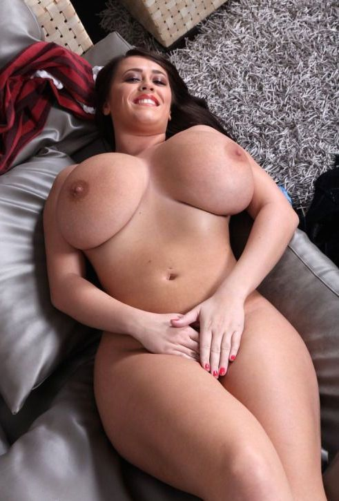 Full figured women nude big breasts