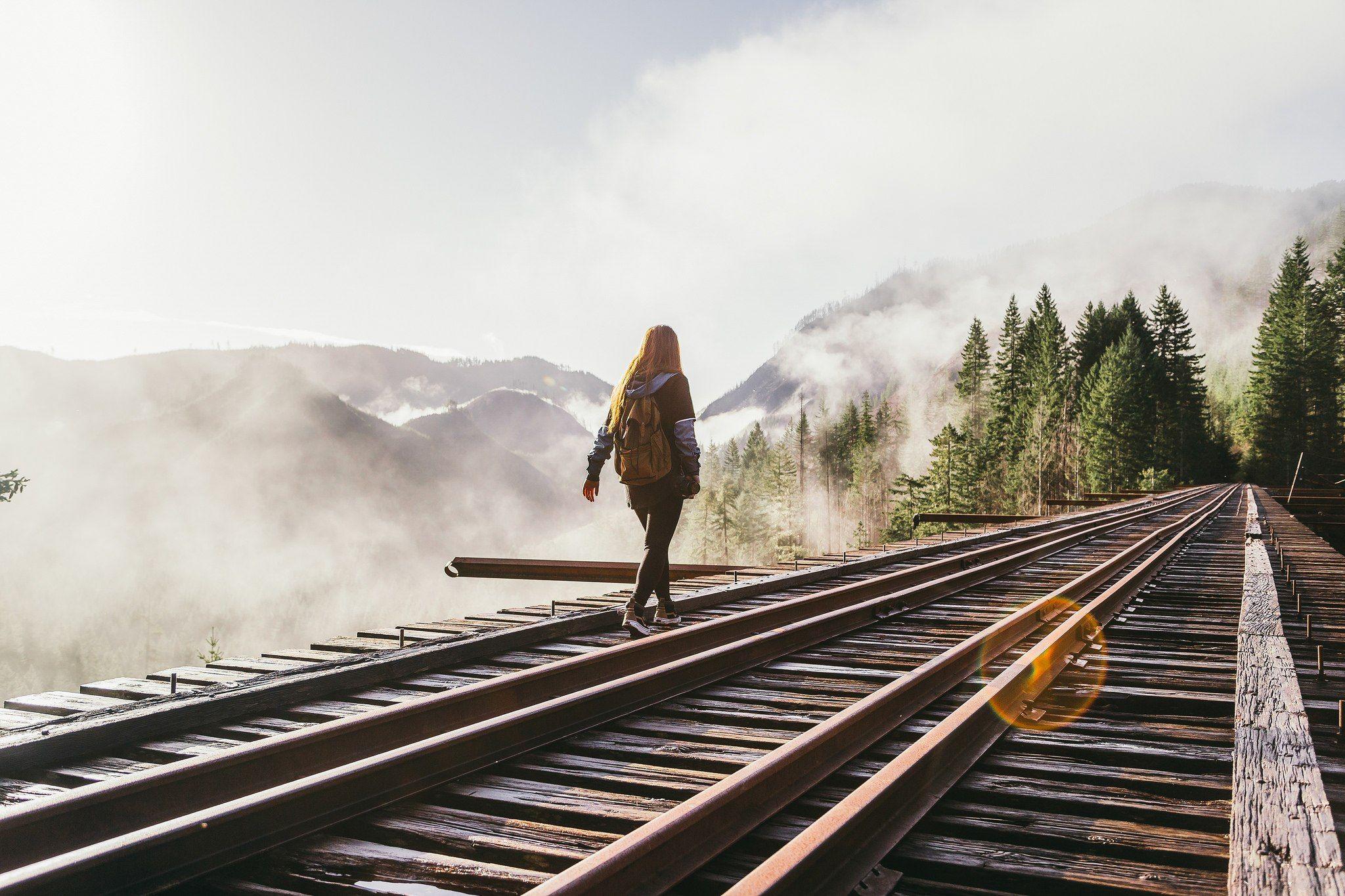 фото, железная дорога и люди картинки погиб мирное время