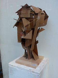 http://www.keeyool.com/2006/11/abstract_cardboard_art.php