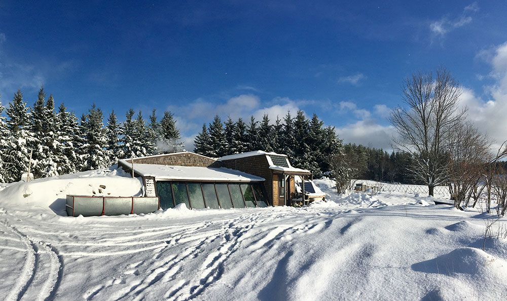 Living off grid in an incredible renovated earthship