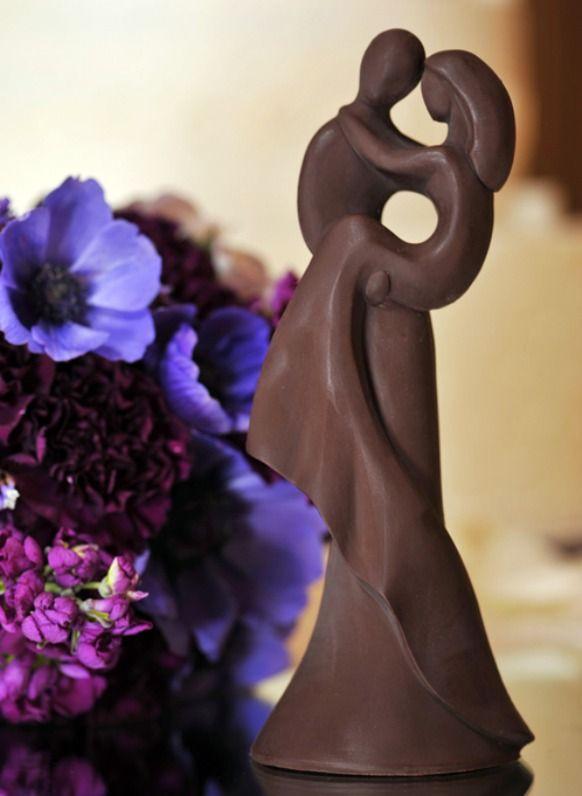 Chocolate romance cake topper realizzato con stampi decosil www.decosil.it