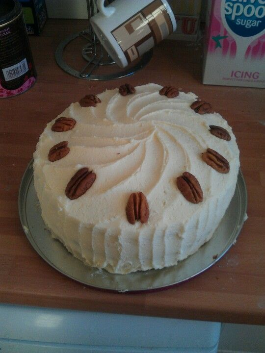 Maple and pecan cake!