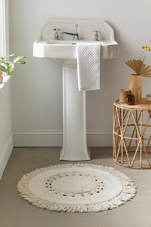 tapis de bain rond en crochet raine