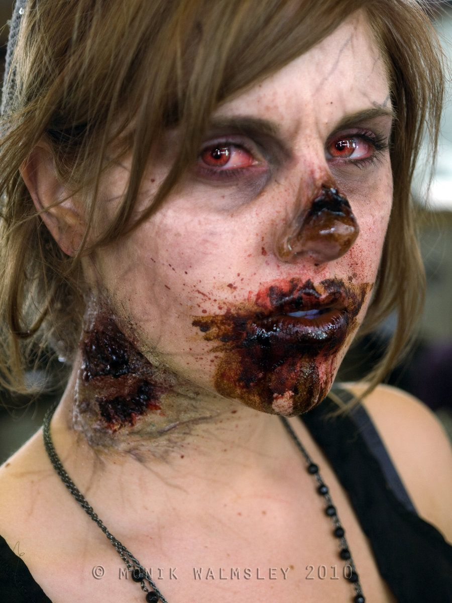 The Coolest Homemade Zombie Costumes  sc 1 st  Pinterest & This will be my makeup for zombie prom this year. :) | OH MY GOD ...