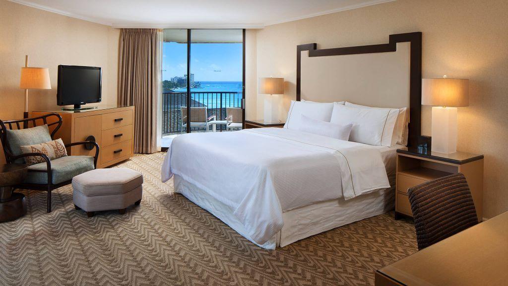 Moana Surfrider A Westin Resort And Spa Oahu Hawaii Moana Surfrider Elegant Hotel Marriott Hotels