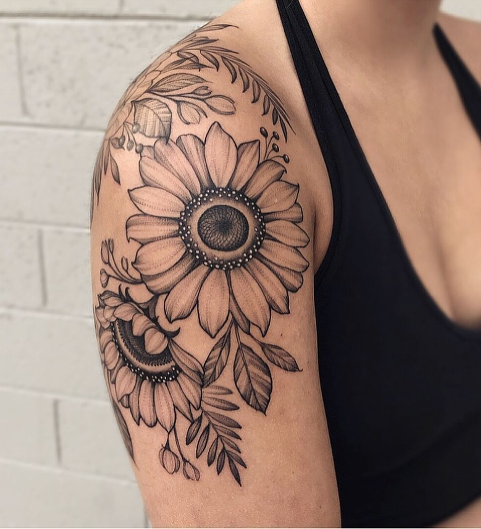 awesome black & gray sunflower tattoo © tattoo artist Ariana Roman 💟🌻💟… Sunflower tattoo – Fashion Tattoos