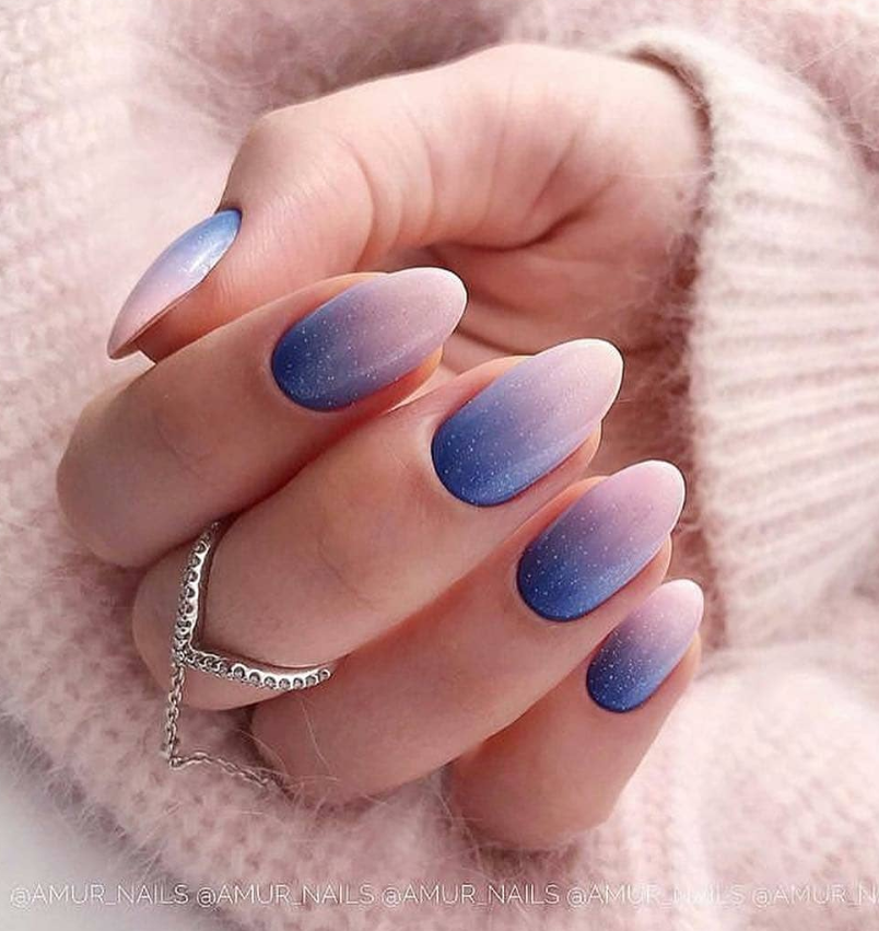 80 Pretty Natural Acrylic Oval Nails Design Ideas Page 74 Of 88 With Images Oval Nails Designs Oval Acrylic Nails Blue Ombre Nails