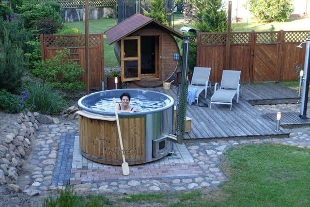 Badefass gfk Thermoholz mit integriertem Ofen Wellness Royal, Wolfhard, Steinhorst, Deutschland is part of Hot tub -