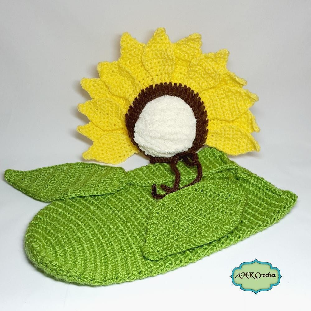 green cocoon with yellow sunflower hat. sunflower hat Baby cacoon sunflower set for baby