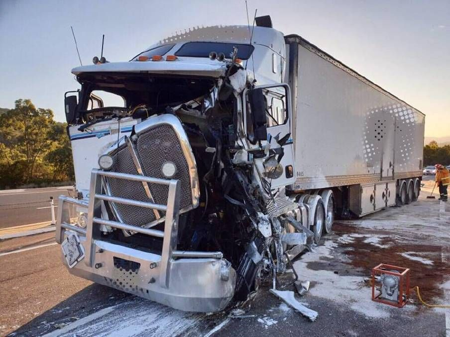 Trucking Accident Lawyers Free Consultation No Fee