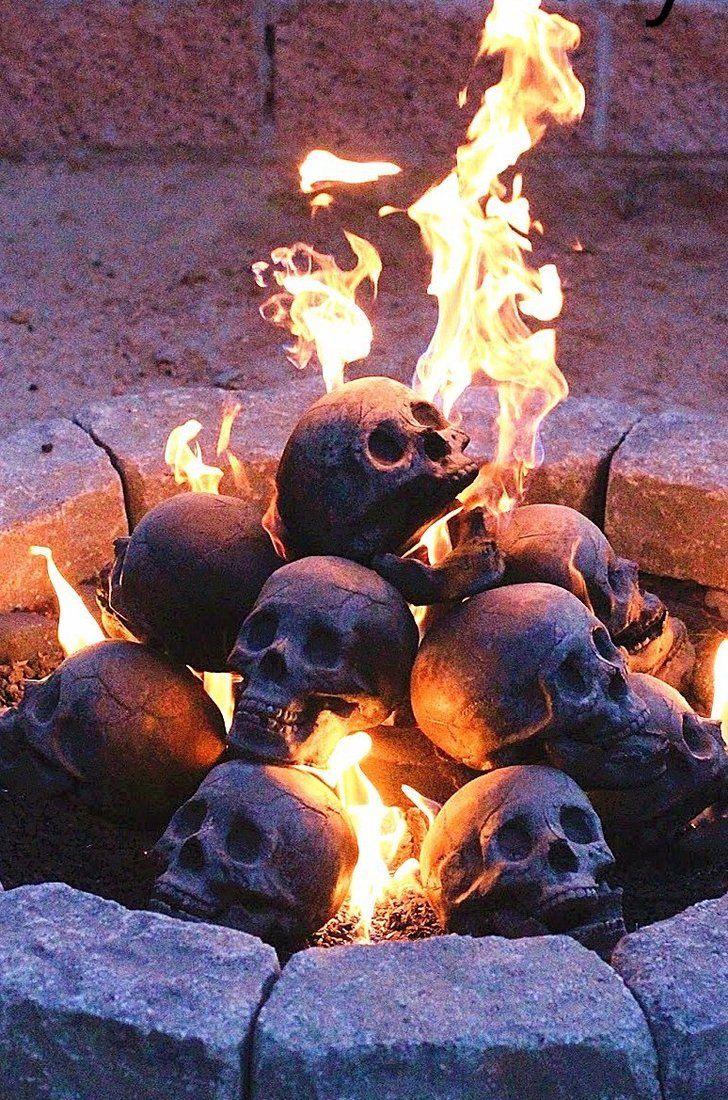 these skull logs are the best thing to happen to halloween since