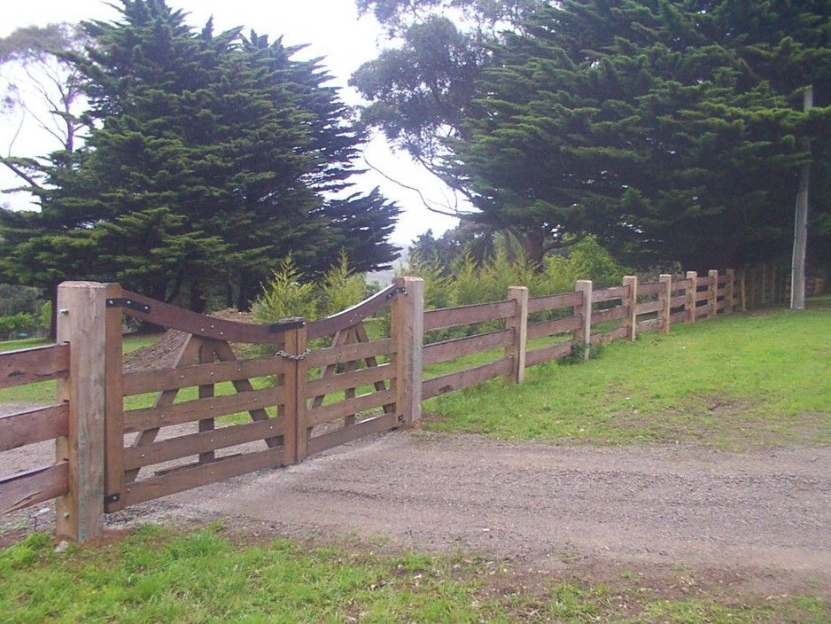 Curved double gates country timber fences and