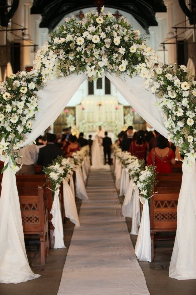 23 Stunningly Beautiful Decor Ideas For The Most Breathtaking Indoor Outdoor Wedding Homesthetics Inspiring Ideas For Your Home Wedding Church Decor Church Aisle Decorations Wedding Arch Flowers