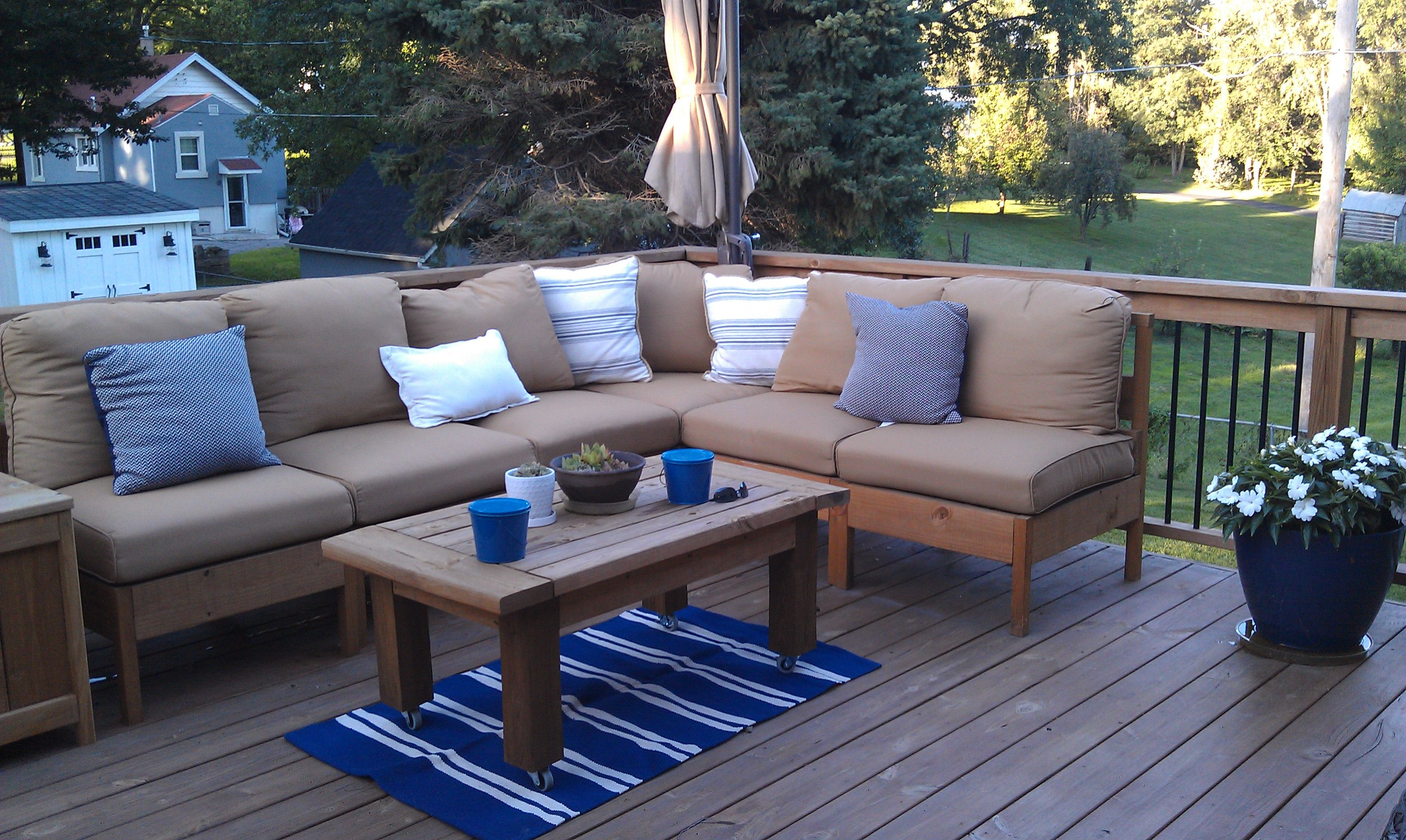 Diy Deck Outdoor Sectional And Table Ana White S Plans 350 With Outdoor Cushions From Menards