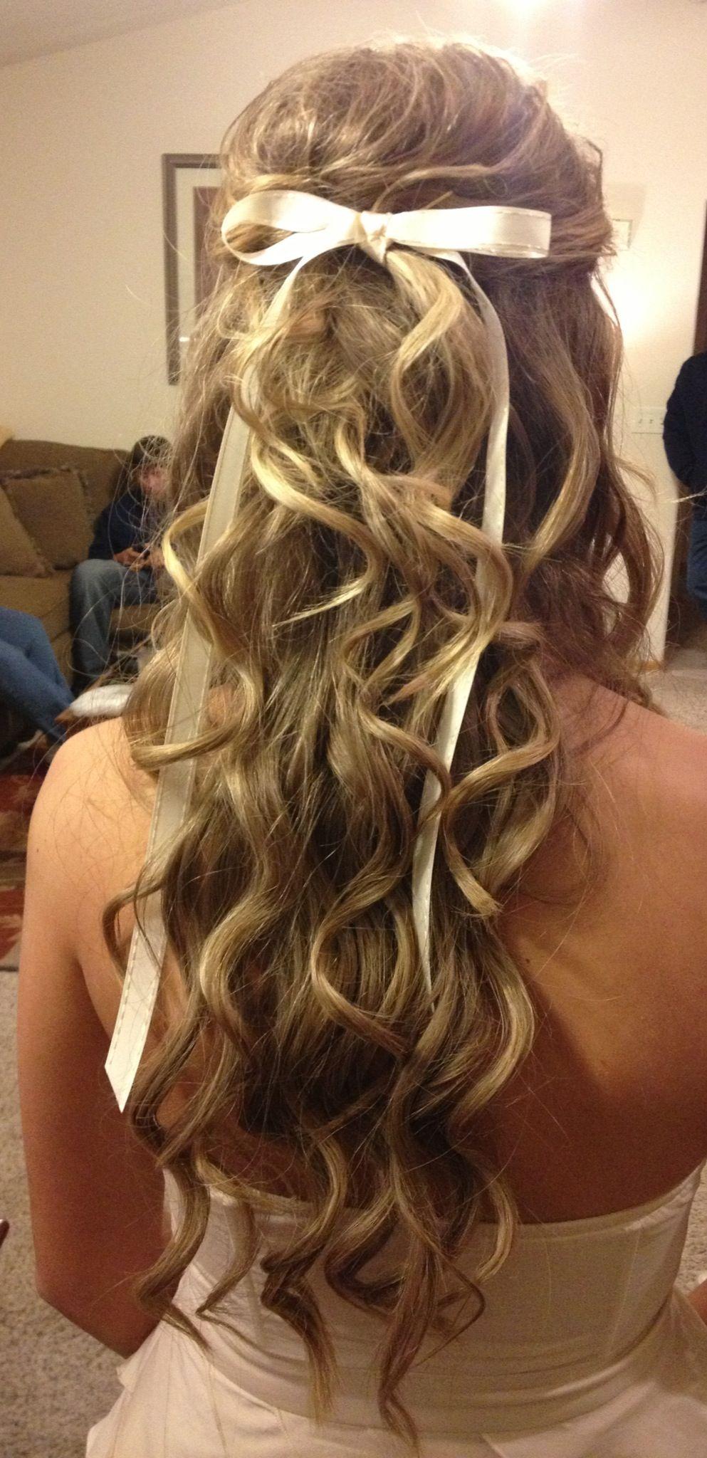 Homecoming hair loveee the bow super cute hair pinterest