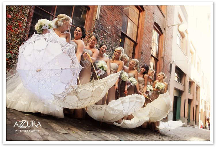 Bella Umbrella: Vintage Wedding Umbrella Rentals and Vintage Fashion Umbrellas for Sale - via http://bit.ly/epinner