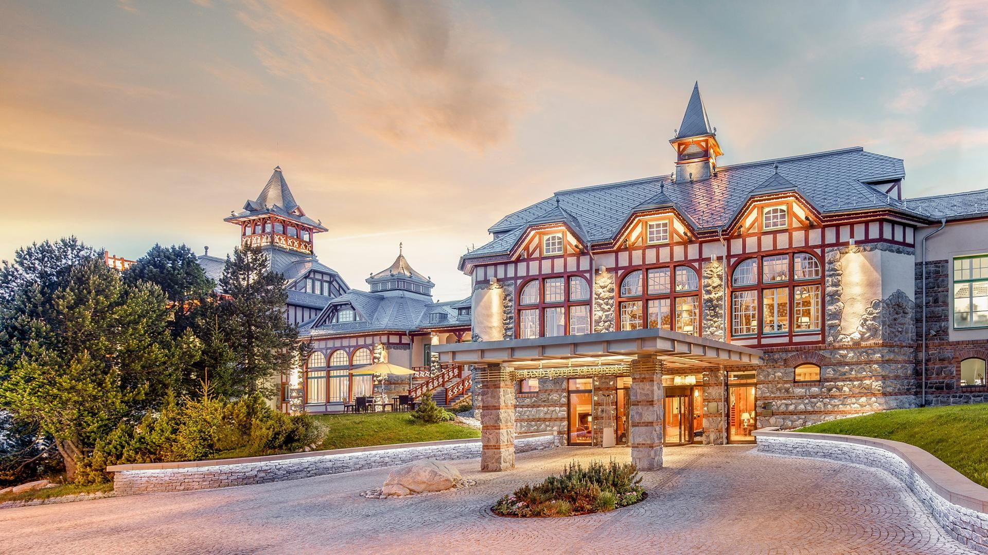 Book A Stay At Grand Hotel Kempinski High Tatras Located In Strbske Pleso Slovakia And Enjoy 5 Star Luxury Book Direct For The B Grand Hotel High Tatras Hotel