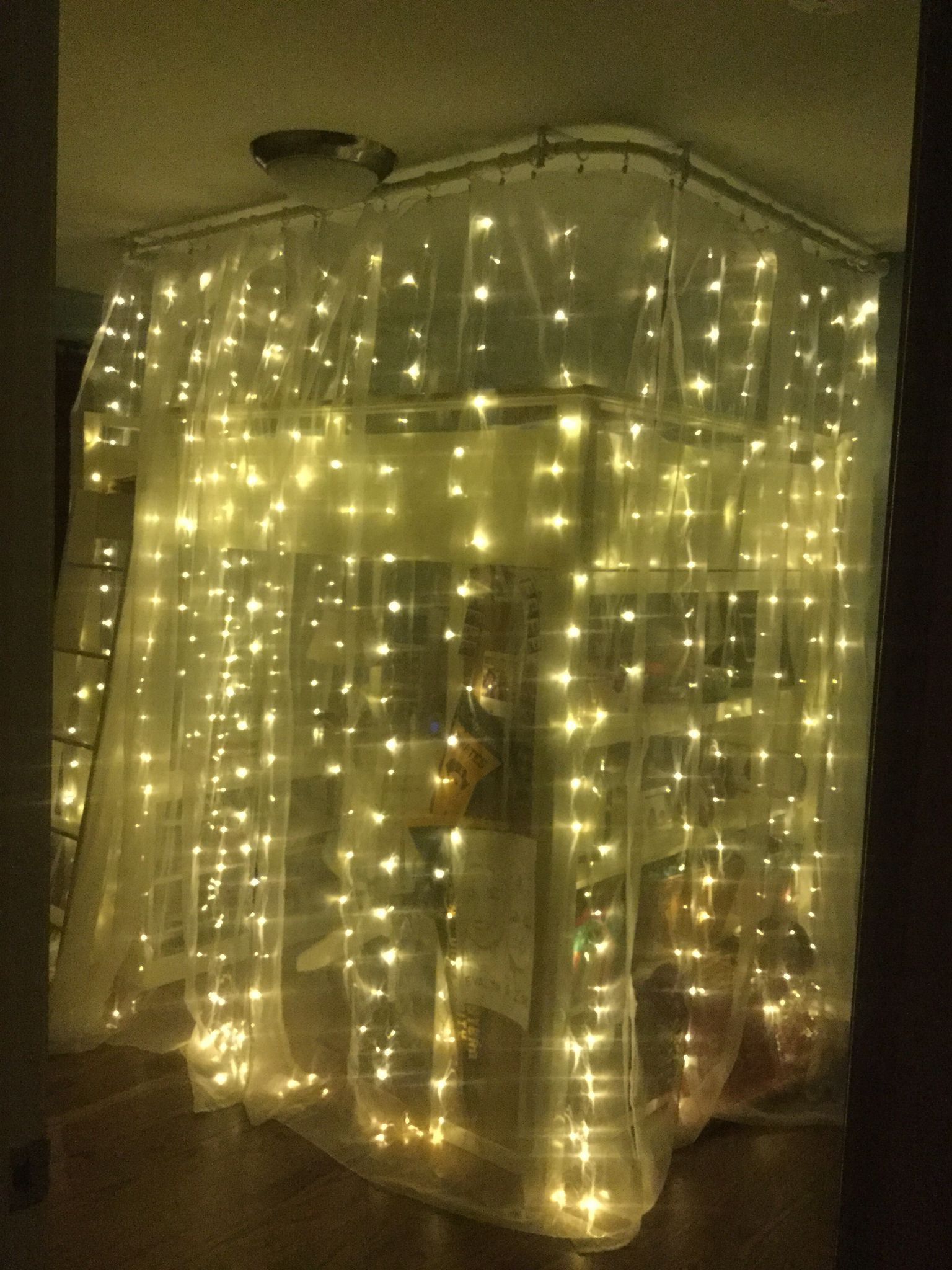 Bedroom fairy lights ikea - Cozy Magical Teen Bedroom Fairy Lights Around A Loft Bed Pottery Barn Loft