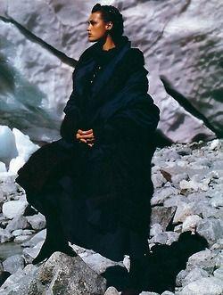 """Gipsy"", Elle Italia, October 1987  Photographer : Hans Feurer  Model : Yasmin Le Bon"