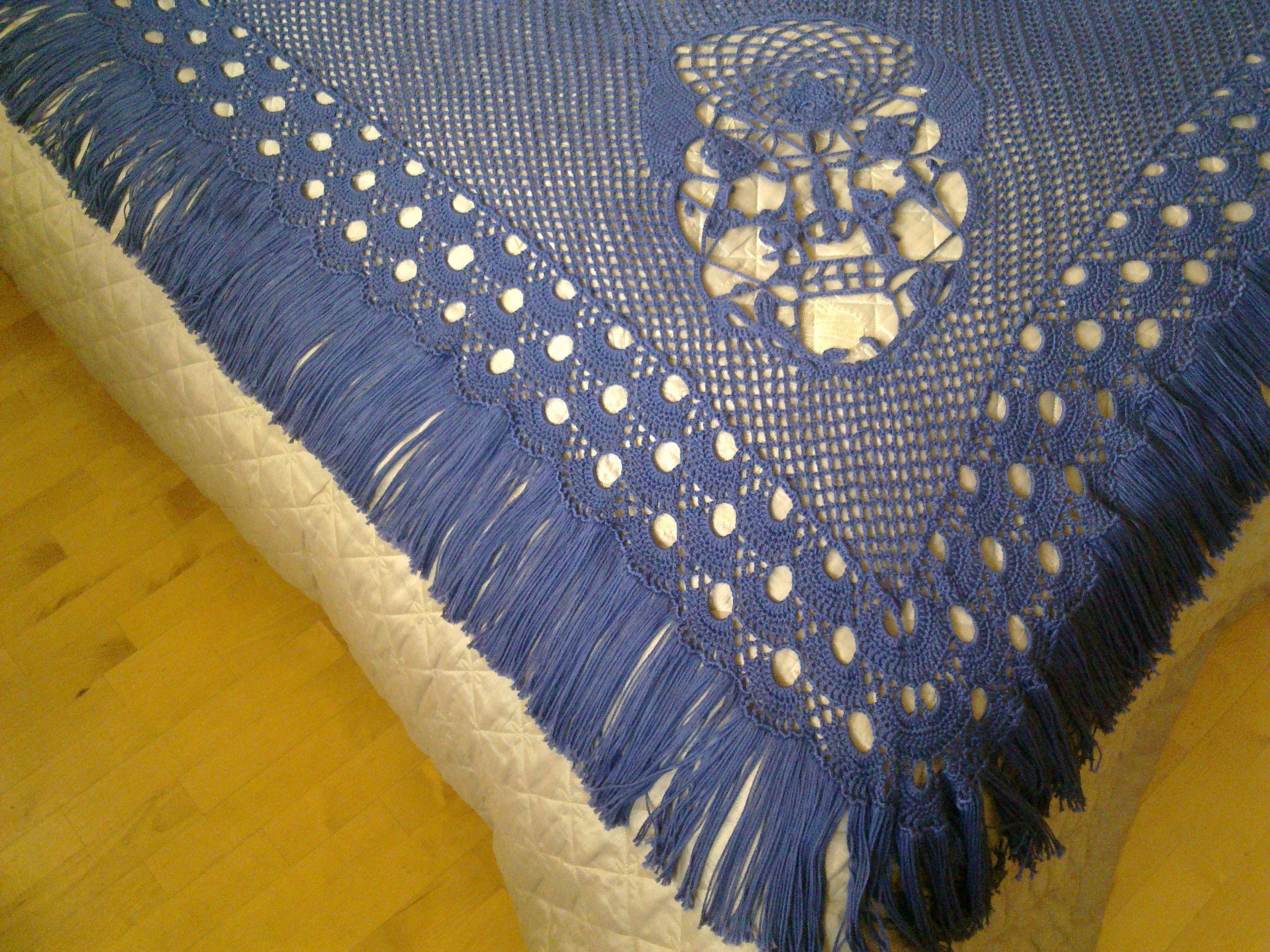 Crochet Pattern For Skull Shawl : crochet skull shawl Crochet Pinterest