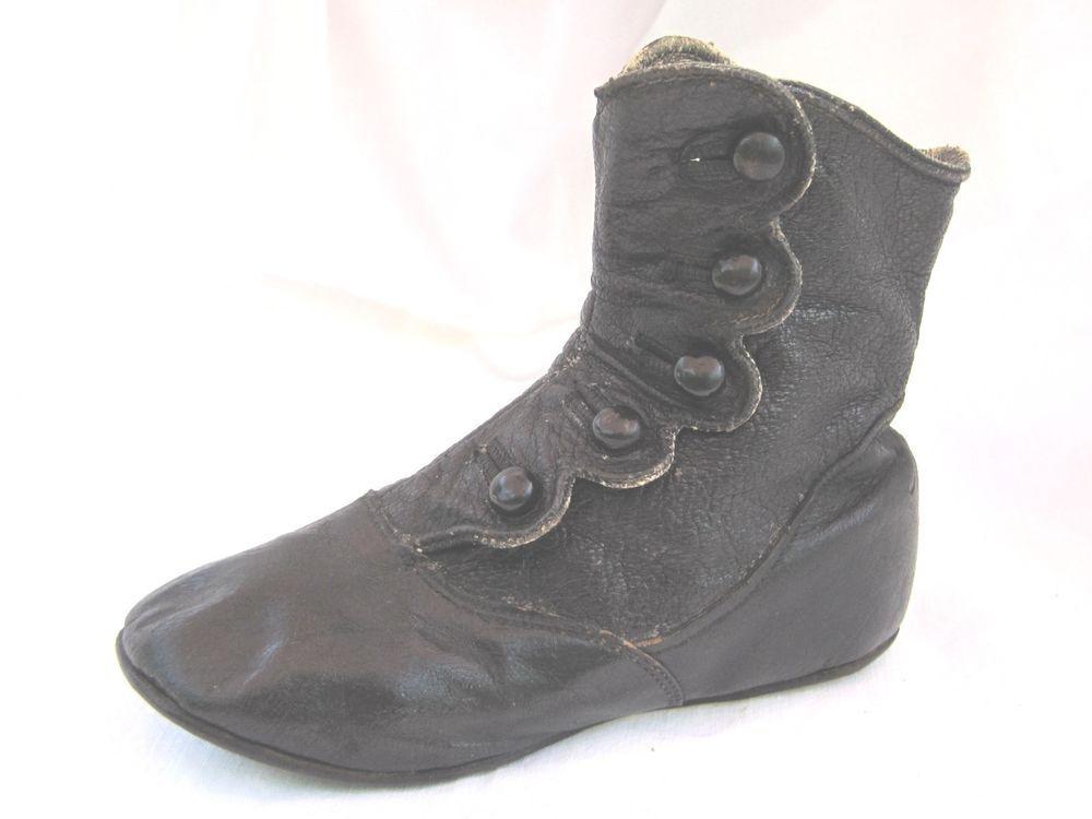 Antique Victorian High Top Children's Shoe 5 Button Leather Boot c1890's