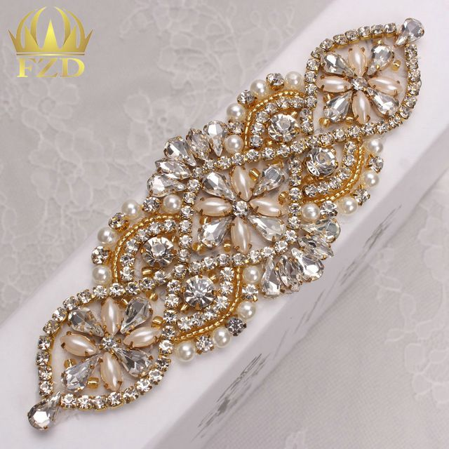 (30pieces) Wholesale Handmade Hot Fix Sew On Beaded Bridal Gold Rhinestone  Applique Wedding Sash and Belt fb1596844e16