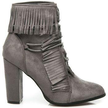 Botki Vices Wiazane Botki Z Fredzlami Juliet Boots Womens Boots Shoes