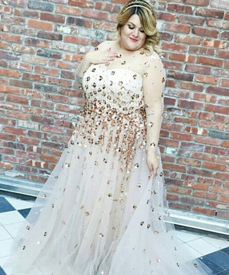 This Plus-Size Custom Christian Siriano Wedding Dress Is SO Dreamy ...
