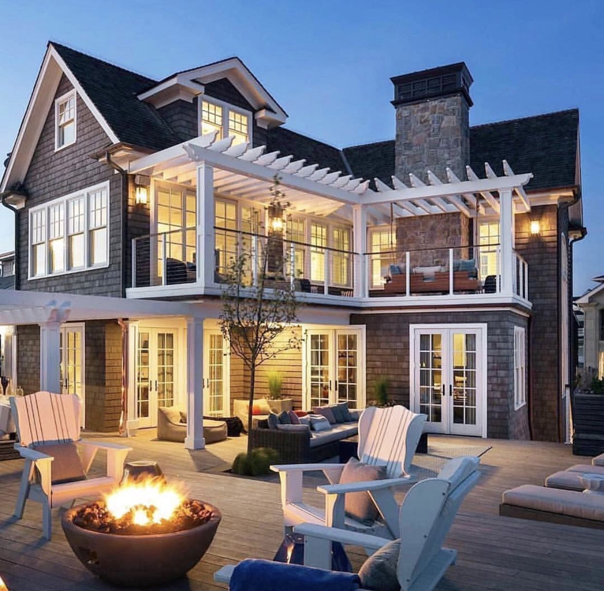Beach House Outdoor Living Space House Designs Exterior Luxury Beach House House Exterior